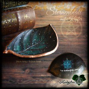 dunkelgrünes Sternenblatt